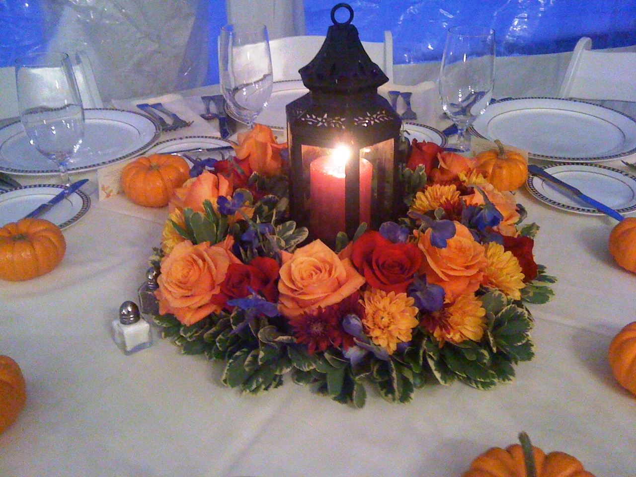 fall lantern centerpiece | Scentsational Florals